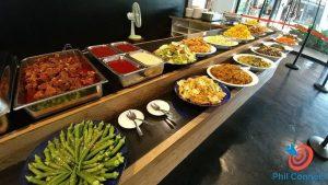 Bữa ăn buffet tại trường EV